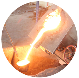 Pouring the smelted metal into the formwork is also one of the most important processes during the manufacture of non-sparking tools
